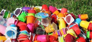 Distribution de sacs de déchets recyclables et des cartes d'accès à la déchetterie @ Ateliers municipaux   Fontaine-le-Bourg   France